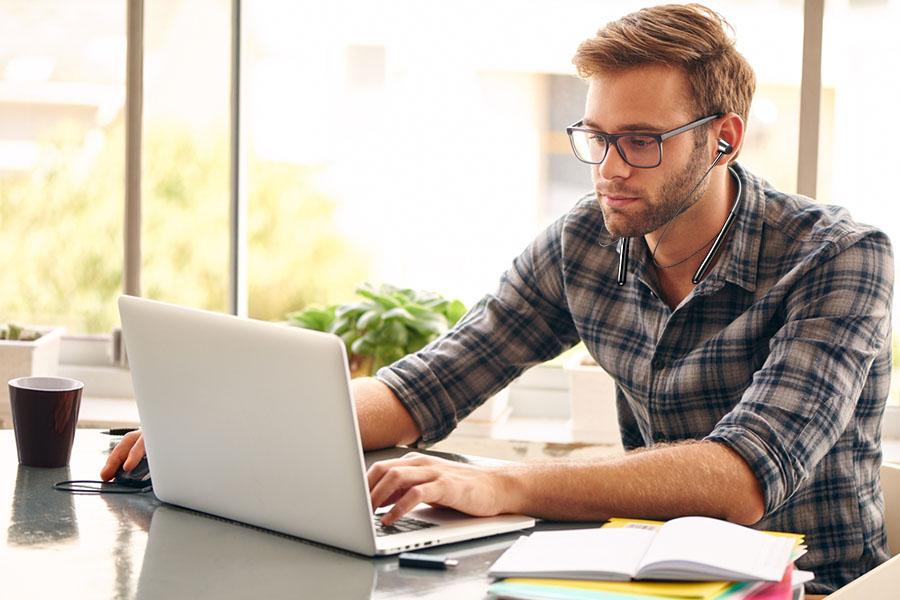 Virtual Learning through Wireless Technology